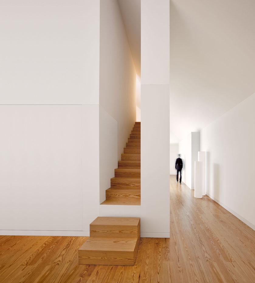 9 escaleras nicas for Escaleras ligeras