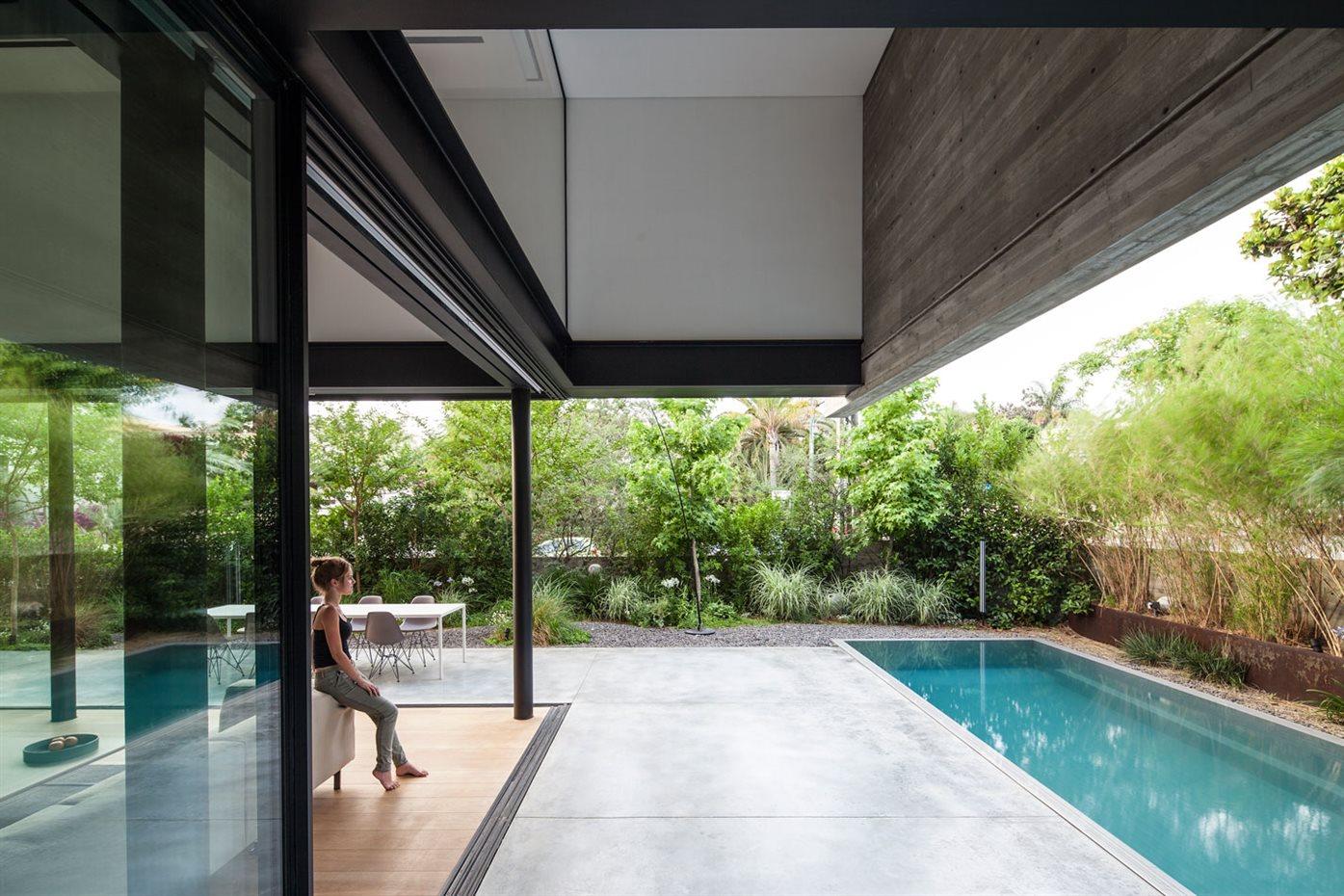 Casa SB del arquitecto Pitsou Kedem en Tel Aviv (Israel)