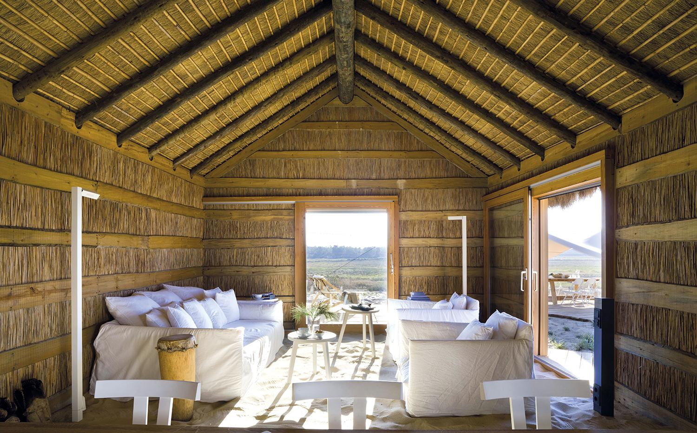 Edificios y casas de dise o construidos con paja - Casas de madera en portugal ...