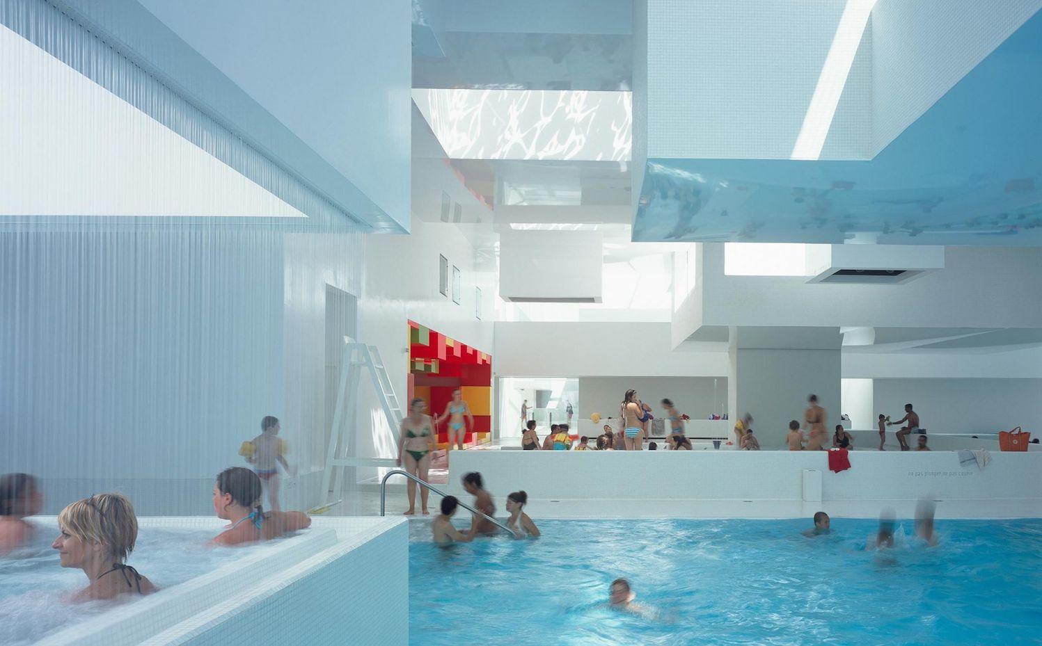 10 espectaculares piscinas p blicas dise adas por grandes for Diseno y construccion de piscinas de hormigon