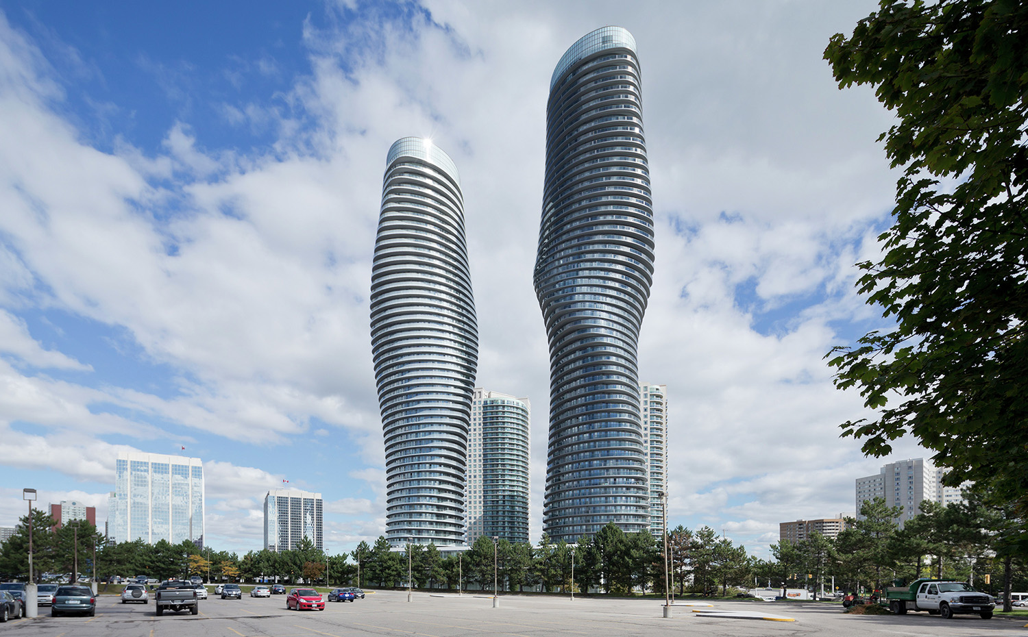 Absolute World Towers de Mississauga (Canadá), de MAD Architects