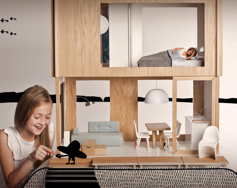 Miniio-A-Dolls-House-With-A-Difference-a. [ ] Miniio