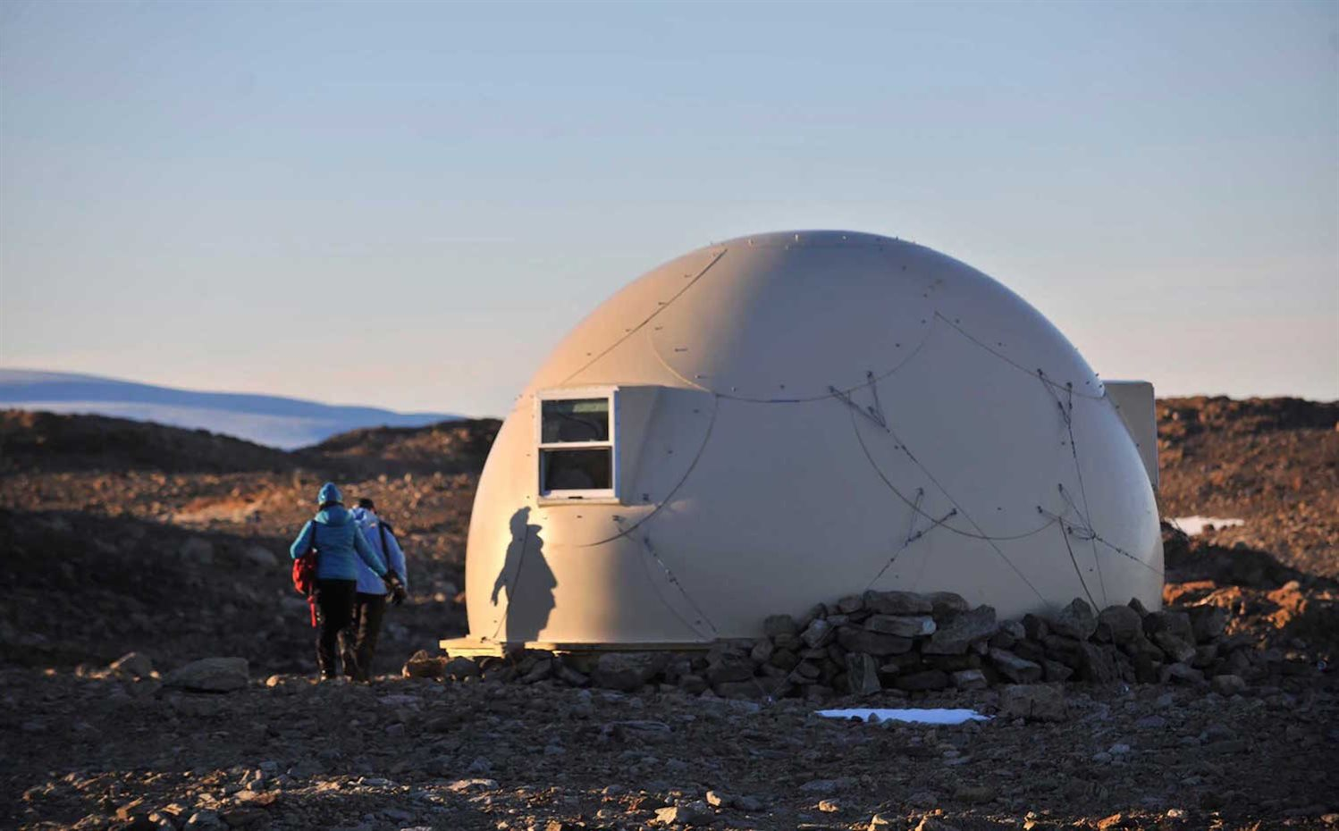Fibre glass pods of White Desert's Camp. Campamento White Desert
