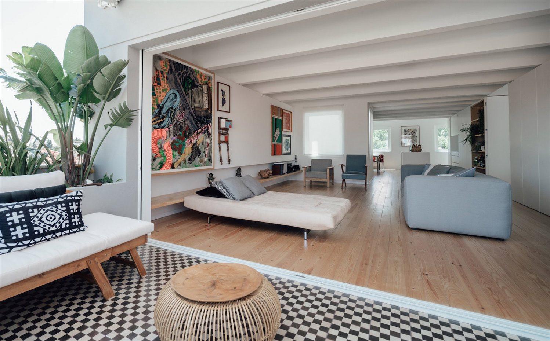 atelier data15 los tpico azulejos portugueses cubren el suelo de la terraza - Buhardillas Con Encanto