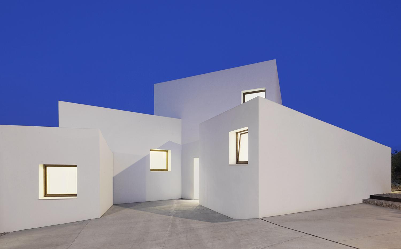 La casa mm de estudio ohlab la mejor casa del a o - Mejor orientacion casa ...