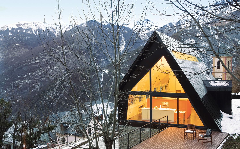 Casa alventosa morell de eduardo cadaval y clara sol morales for Arquitectos de la arquitectura moderna