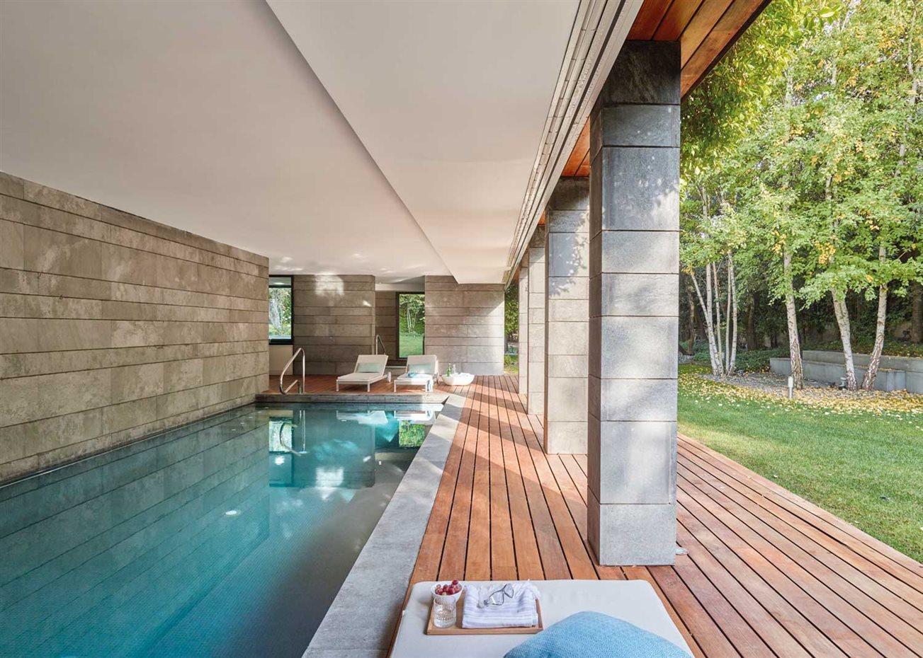 Reforma de casa unifamiliar en madrid por freehand - Casas de madera gandia ...
