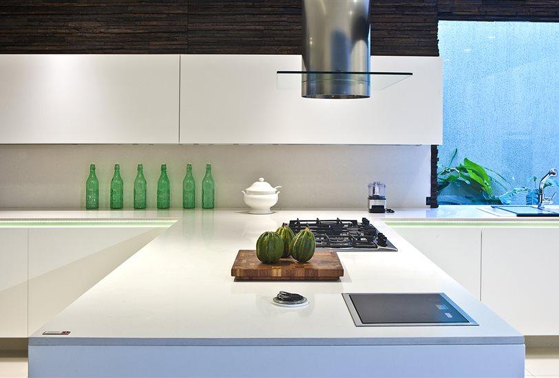 El instituto silestone publica el informe 39 global kitchen 39 for Encimera silestone blanco zeus