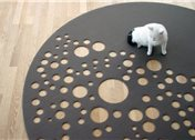 "Alfombra ""Dark Side of the Moon"", de Martin Mostböck para Vorwerk"