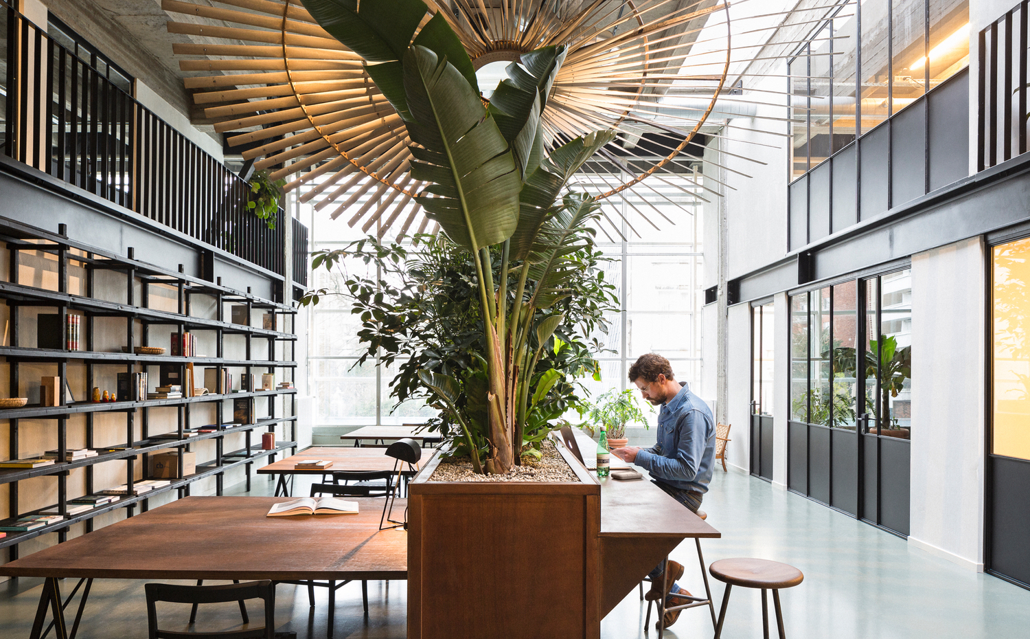 espacio de trabajo de Fosbury & Sons del estudio Going East