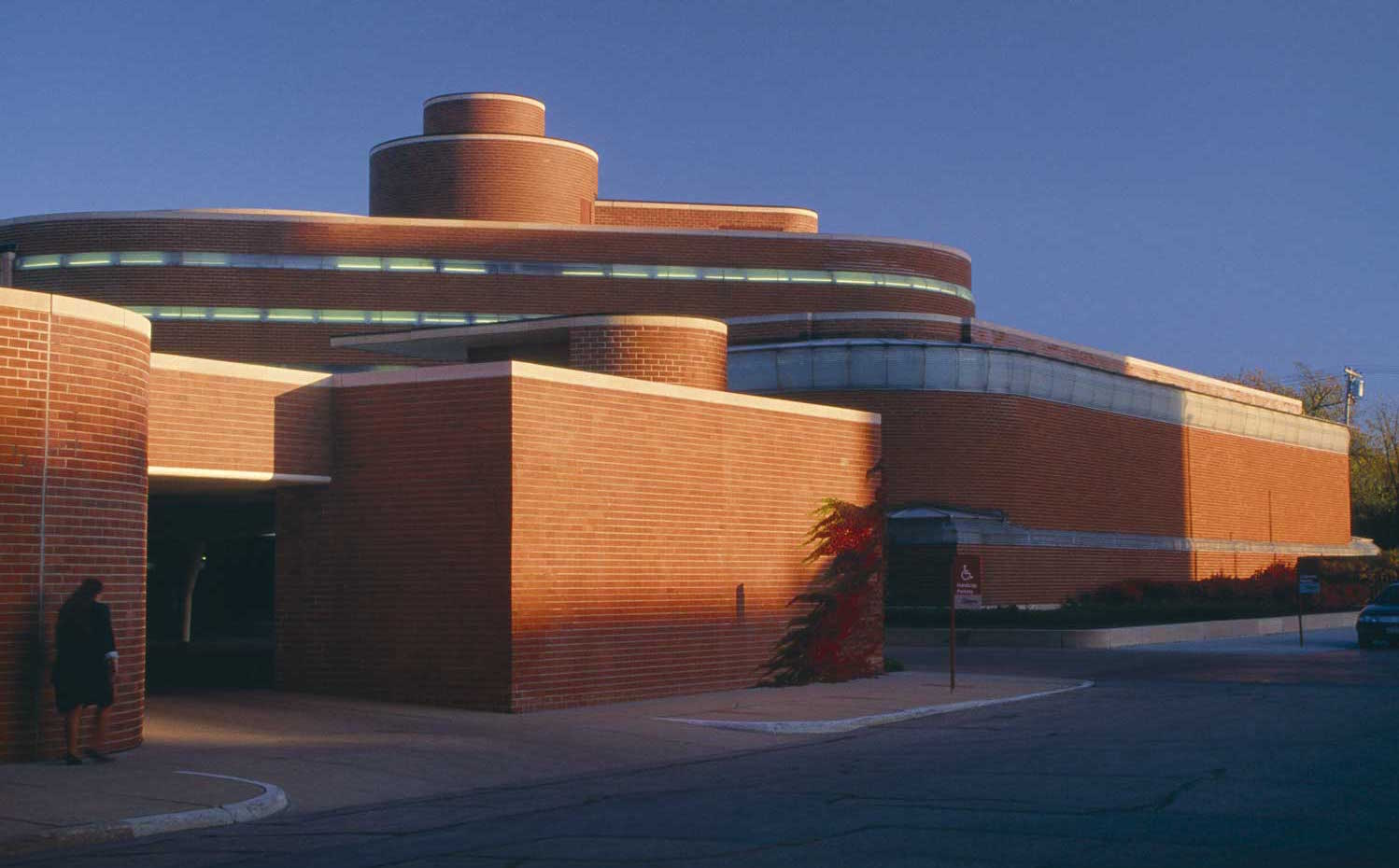 Sede de la compañía Johnson Wax en Wisconsin (1939) Frank Lloyd Wright