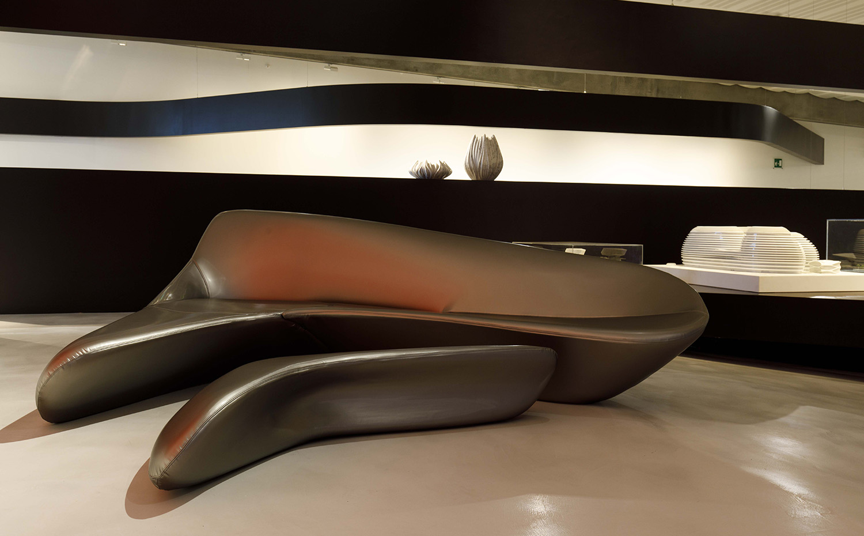 Los Trabajos Italianos De Zaha Hadid # Muebles De Zaha Hadid