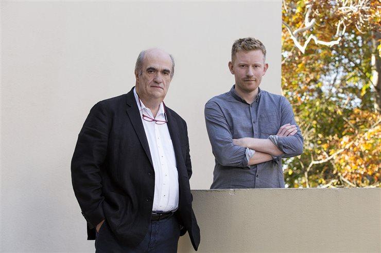 El escritor irlandés Colm Tóibín y su compatriotaColin Barrett, aclamado porGlanbeigh,su primera colección de relatos cortos, por la que recibió, entre otros, el premio First Book Award del diario The Guardian en 2014.