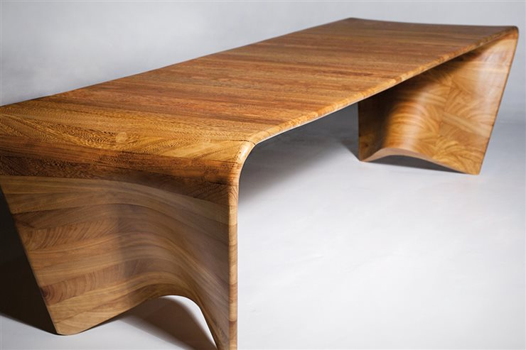 Kuria Table, de Pablo Vidiella.
