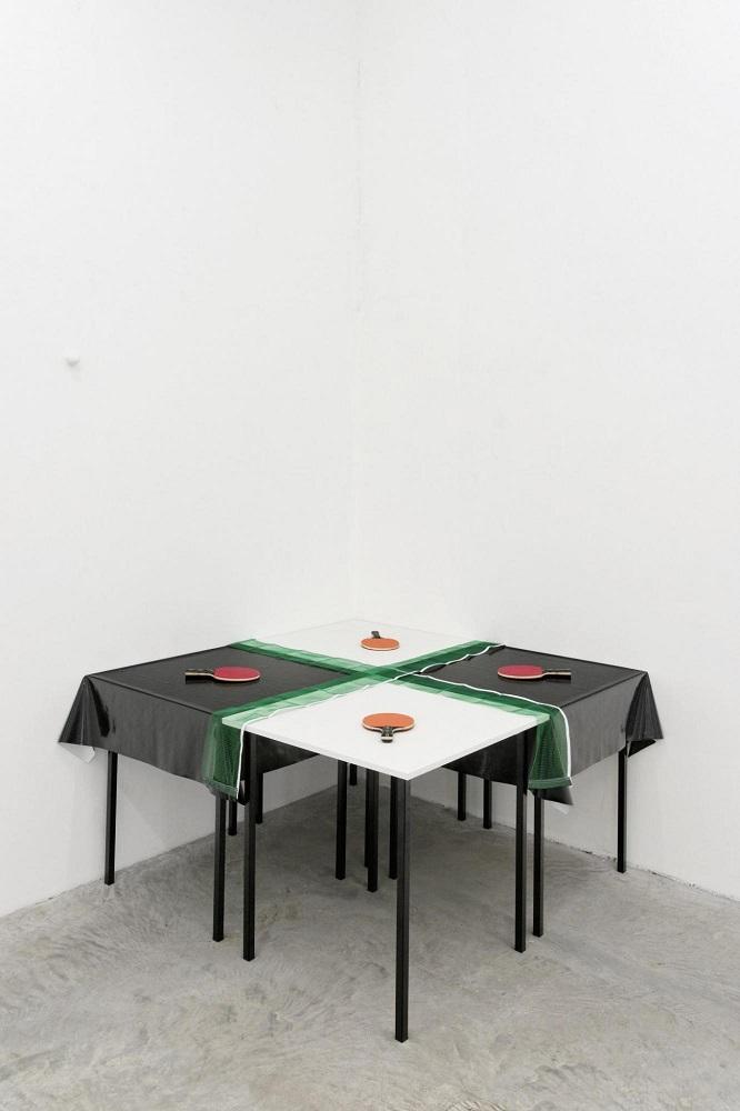 Ping-pong (U.F.O.), por Jullius Koller, de la galería parisina GB Agency.