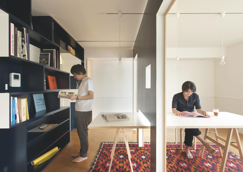 Switch, diseñado por Yuko Shibata, permite aumentar o disminuir el área útil de una estancia en función de las necesidades.