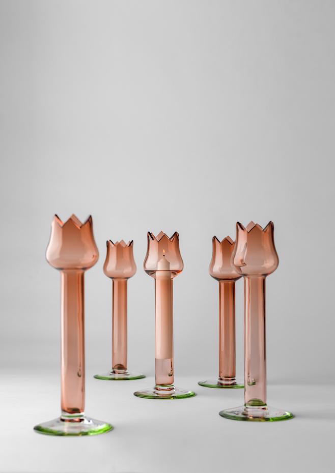 Candelabros Red Tulip, diseño de Oscar Tusquets para Bd Barcelona Design.