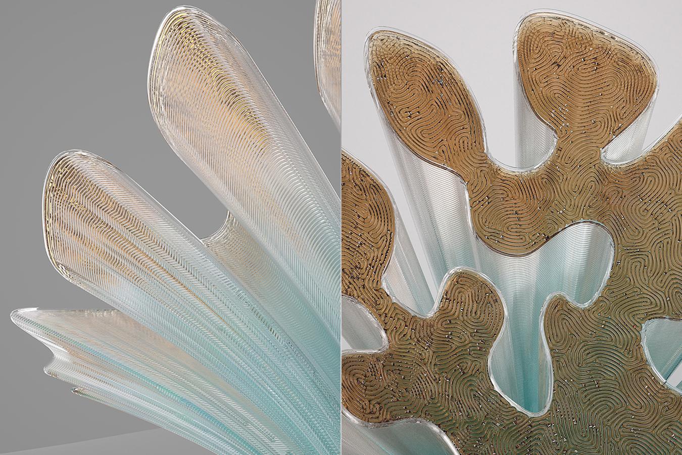 Detalles de las delicadas formas de la silla Rise, de Zaha Hadid.