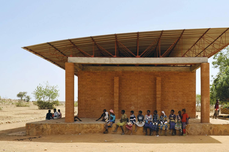 Ampliación de la escuela primaria en Gando, Burkina Faso.