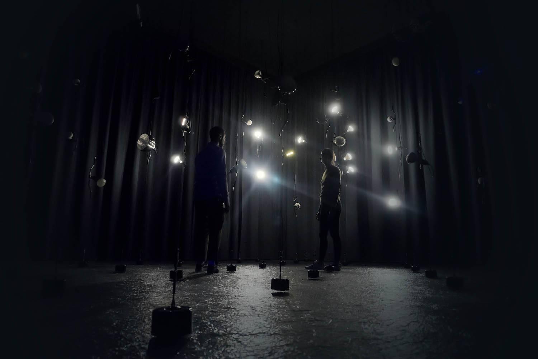 Instalación 'traparentesi' de Patricia Urquiola para la Triennale