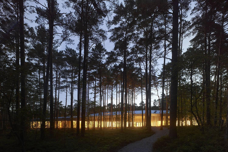El proyecto de Nieto Sobejano sugiere un diálogo entre arquitectura, música y paisaje.