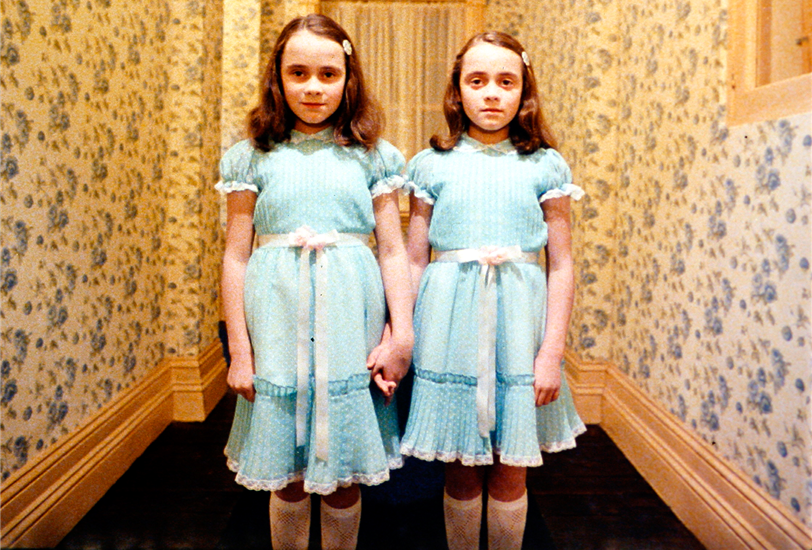 The Shining (El resplandor), 1980, con las hermanas Lisa y Louise Burns