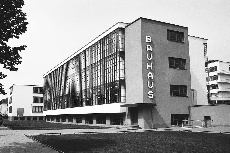Bauhaus 100 anos Arquitectura y Diseno 12. [09] Triennale der Moderne