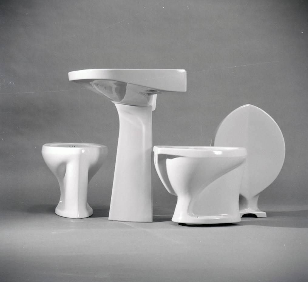 Lavamanos, water y bidé diseñados por Gio Ponti para Ideal Standard