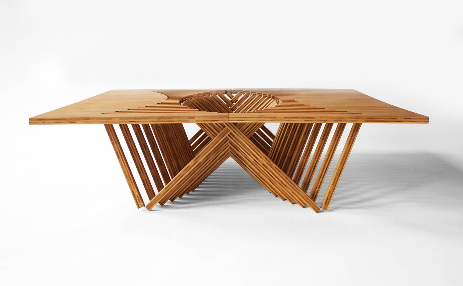 Rising Table, de Robert van Embricqs
