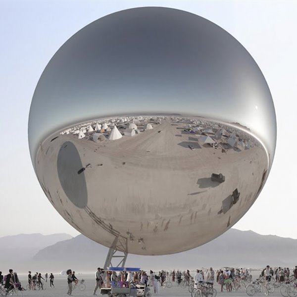 Bjarke Ingels incendia el Burning Man