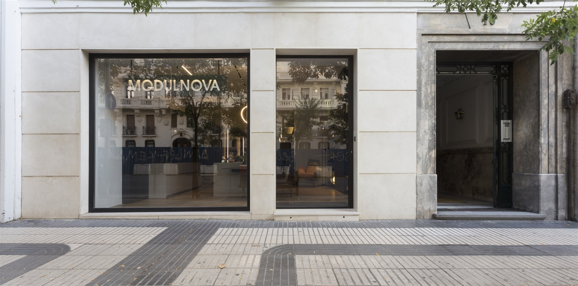 Escaparate MODULNOVA showroom en Madrid