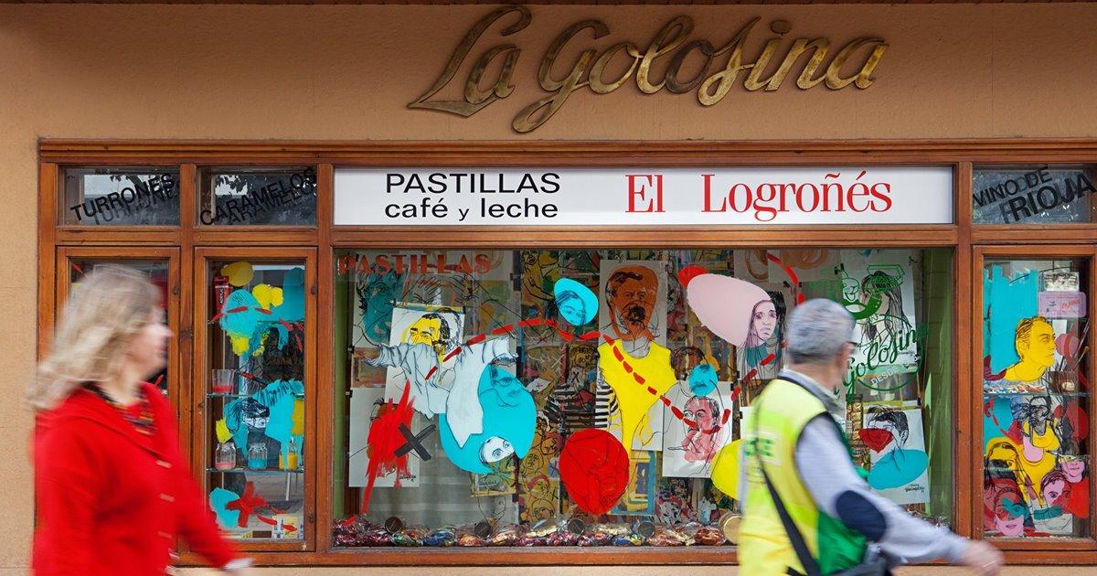 Recorremos el festival Lovisual por los escaparates de Logroño