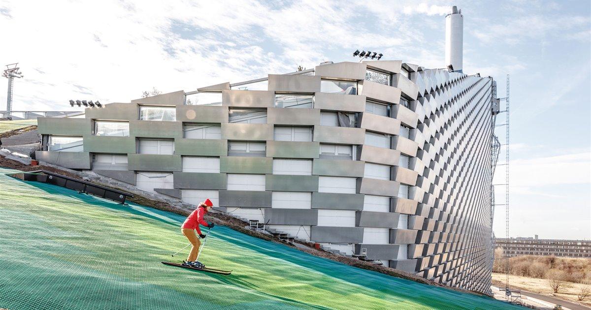 ¿Te imaginas esquiar sobre una planta de residuos? Ya puedes hacerlo en CopenHill