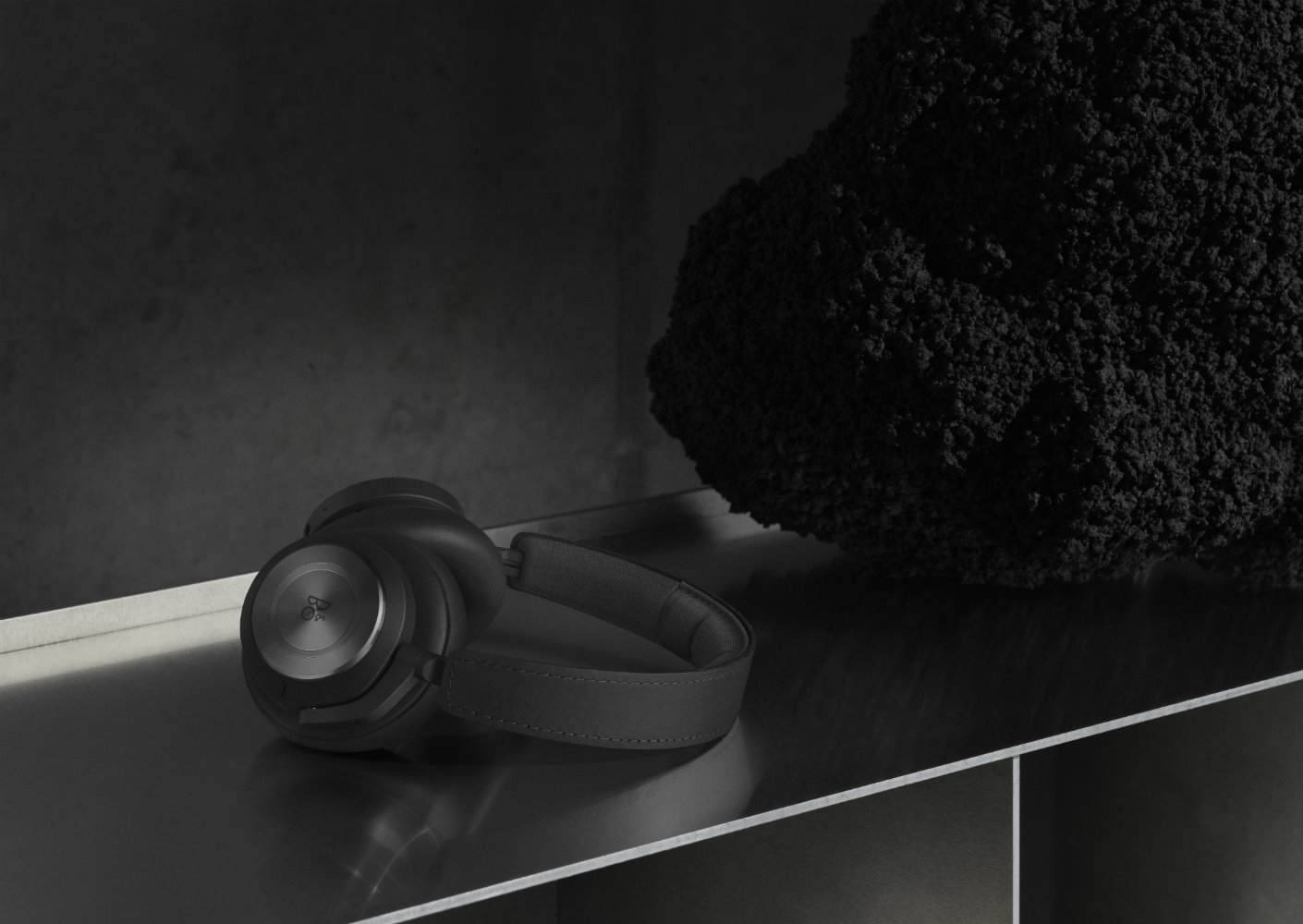 Beoplay H9 Bang & Olufsen