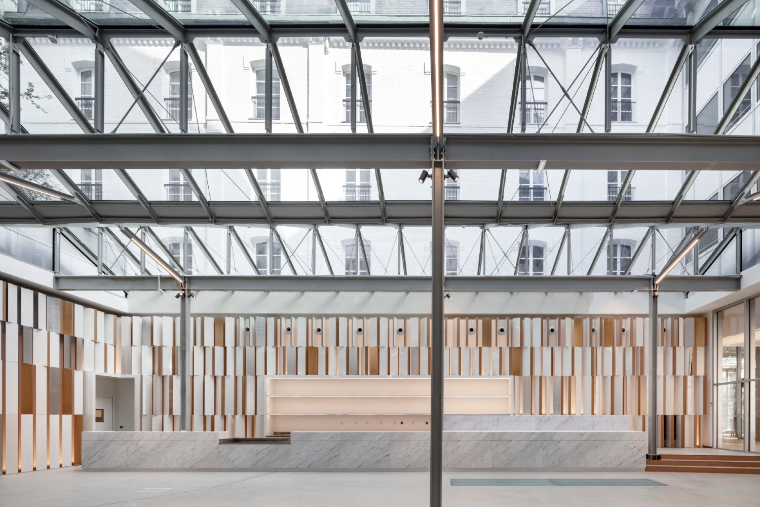 Grand Central Saint-Lazare de Ferrier Marchetti Studio