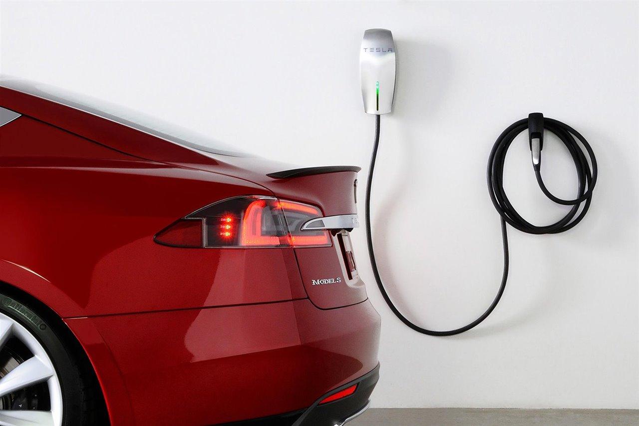 5 claves que debes conocer para instalar un cargador de coche eléctrico en casa