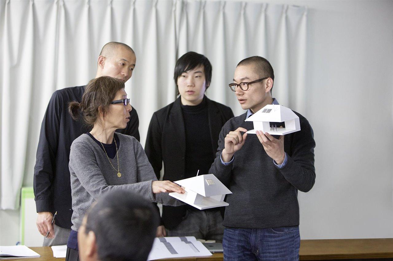 Kazuyo Sejima ejerció de mentora del arquitecto chino Yang Zhao en el período 2012-2013.