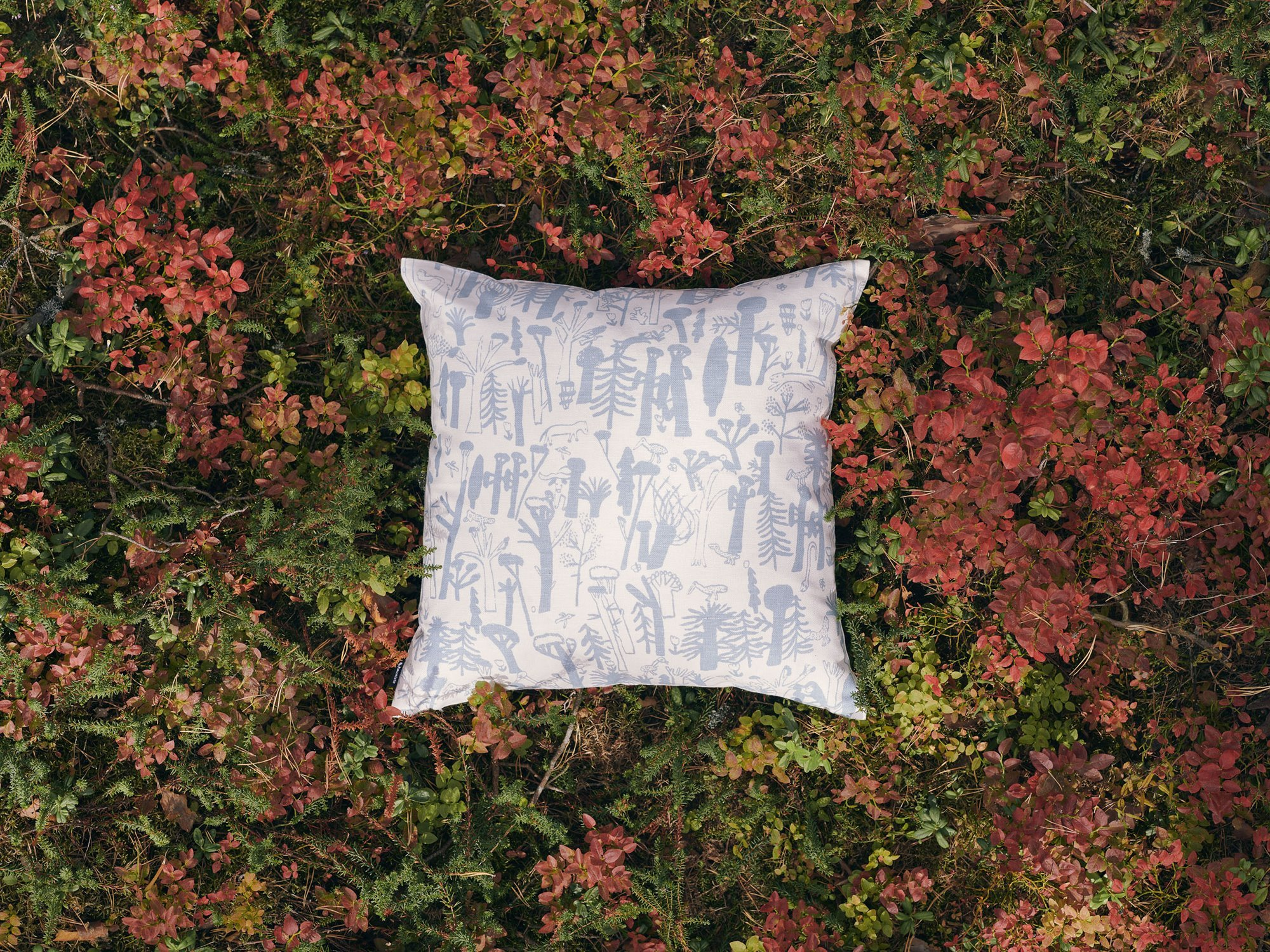 kauniste+cushion+woodlands+blue