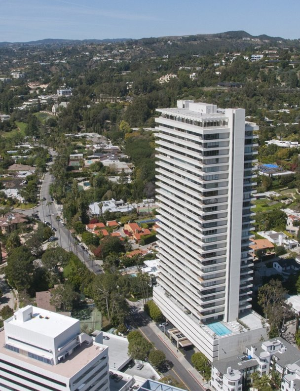 Courtney Cox vende su apartamento en las Sierra Tower de Los Angeles