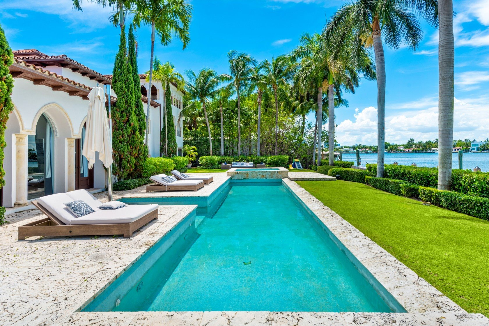 mansion Cher Miami Beach piscina
