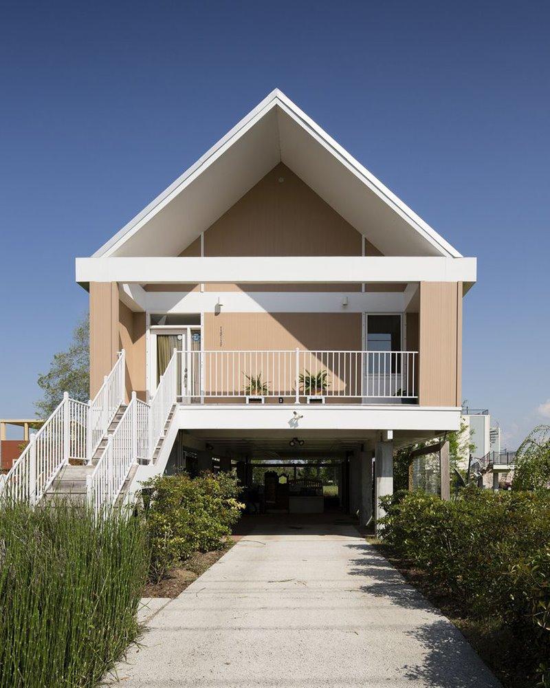 Propuesta de Shigeru Ban, una de las 109 casas que Make it Right llegó a completar.