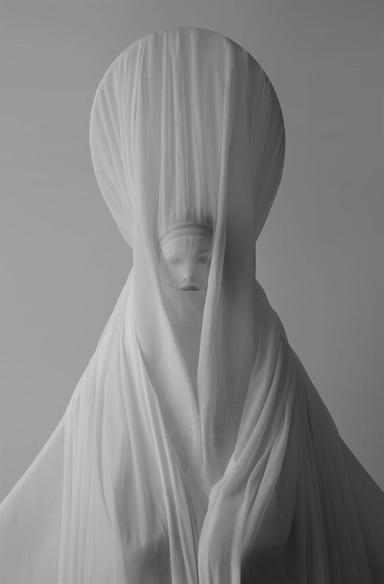 Imagen de la colección de moda Vedas, realizada junto con Dustin Edward Arnold (2013)