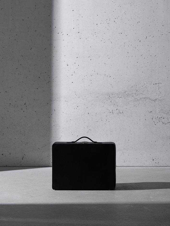 Bolsa-David Chipperfield-Tsatsas-2