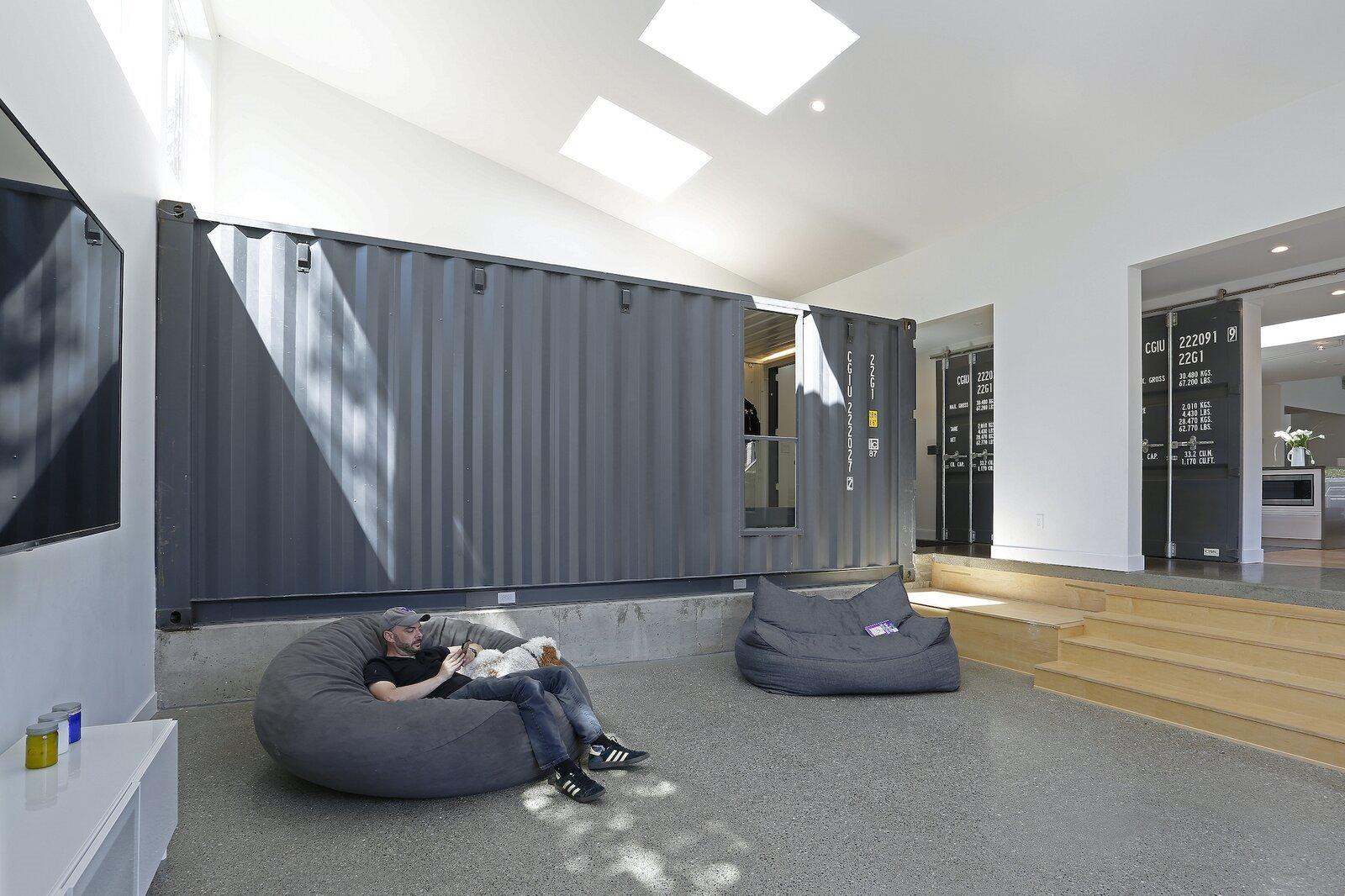 casa contenedores zona de estar