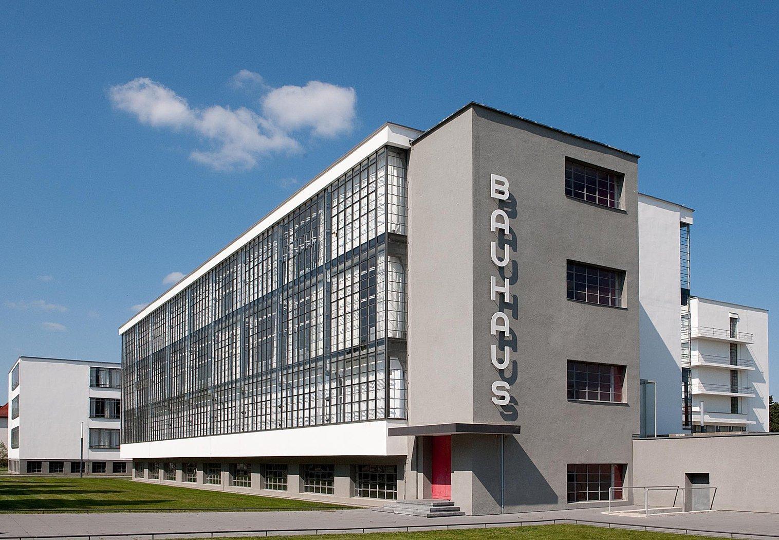 1925 Bauhaus Dessau building
