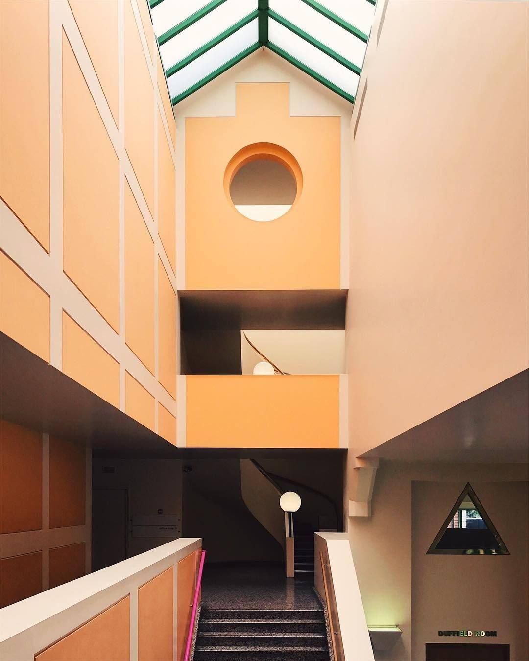 1987 Clore Gallery at Tate Britain