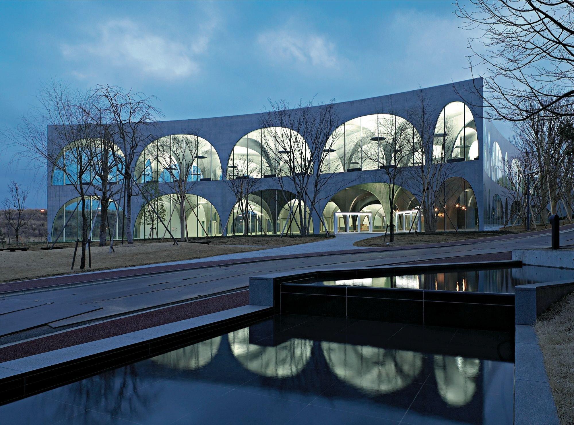 2007 Tama Art University Library Hachiōji