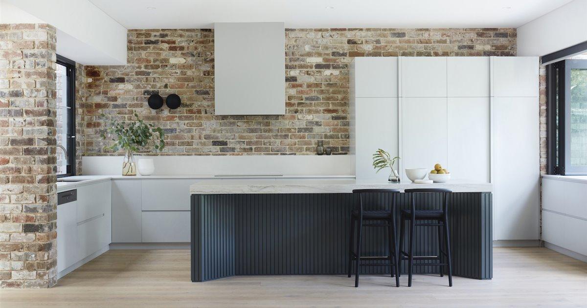 Espacios amplios, mucha luz natural y paredes de ladrillo es la fórmula mágica de esta casa en Australia