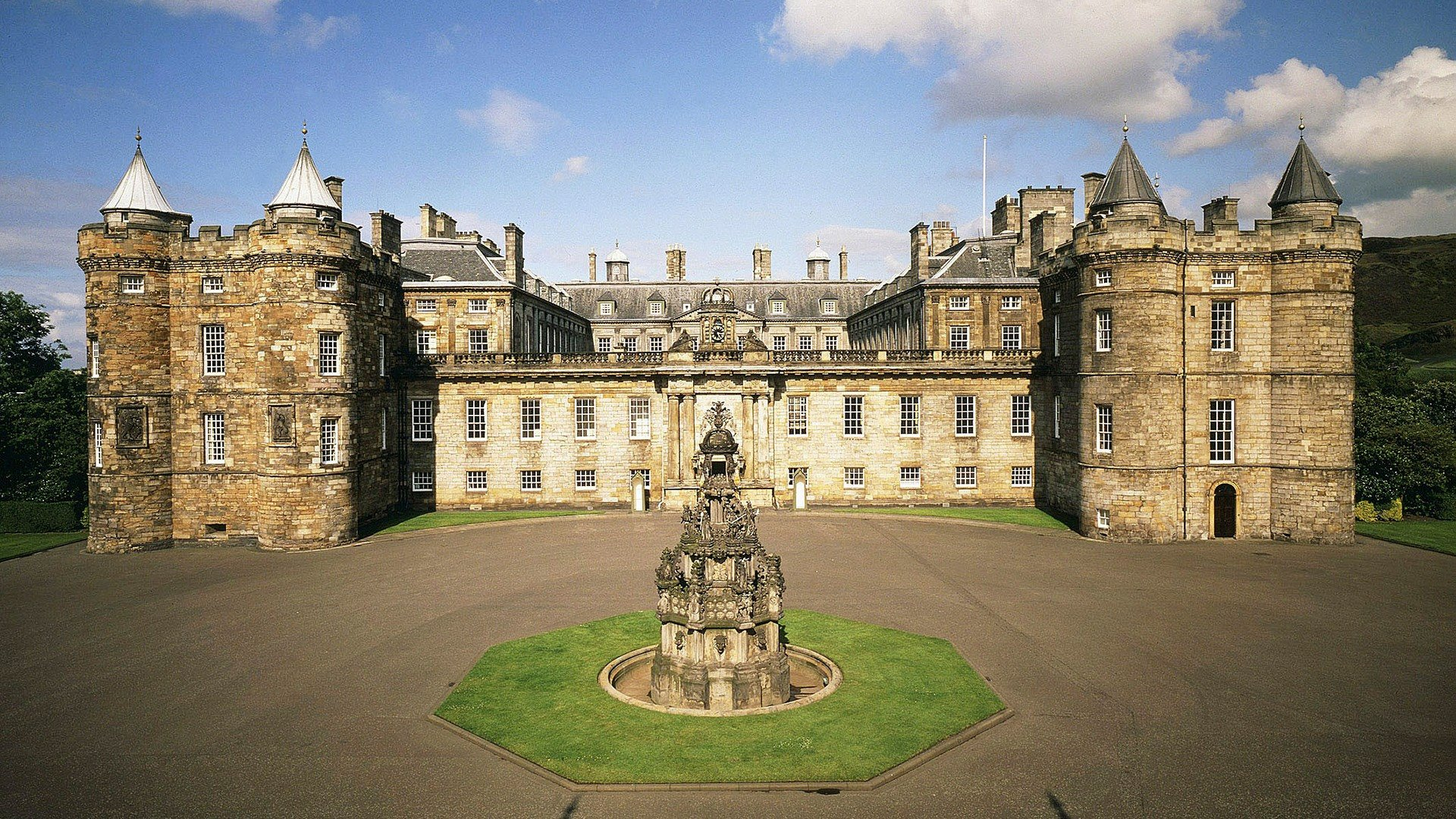 The Palace Of Holyroodhouse casa de la familia britancia en Edimburgo. The Palace Of Holyroodhouse